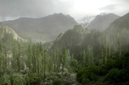 essay on prosperous pakistan