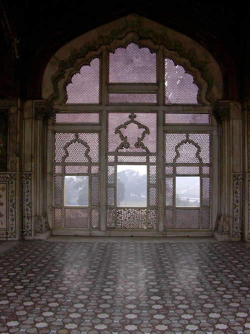 Jaali in Noulakha Pavilion, Lahore Fort, Lahore, Pakistan, 21 January, 2004, photograph by Gordon Brent Ingram