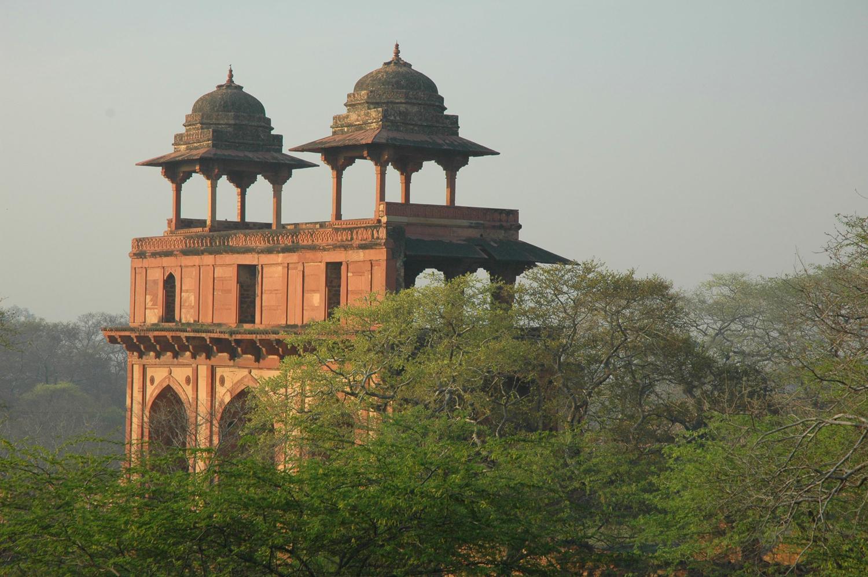 Naubat Khana Gate, Fatehpur Sikri, Uttar Pradesh, 18 March, 2007, photograph by Gordon Brent Ingram